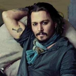 8-johnny-deep-cortes-de-pelo-hollywood-bohemio